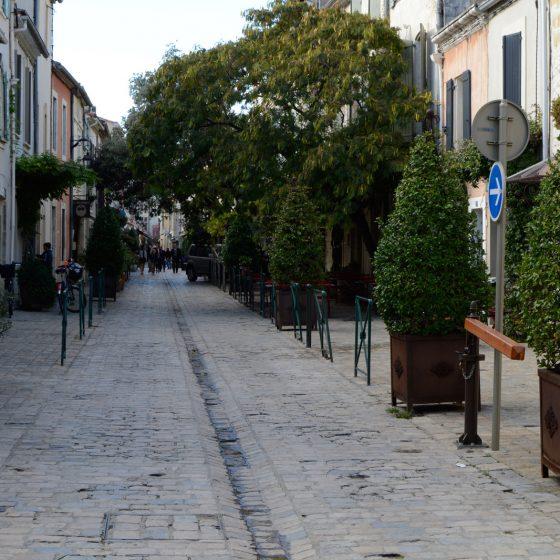 Aigues-Mortes - Street scene