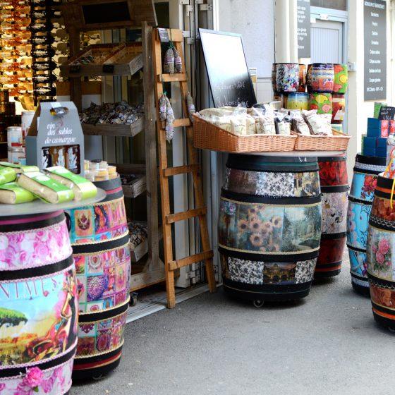 Aigures-Mortes - Local produce - wine, rice and salt