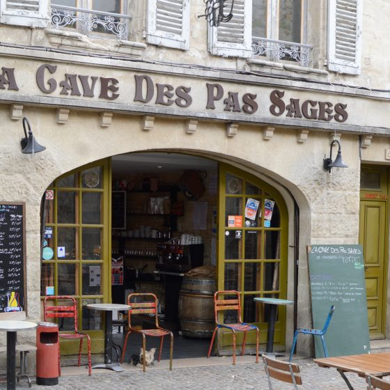 Avignon - Cave Sage, Rue Des Teinturiers
