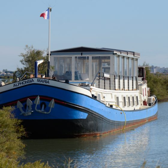 Camargue - House boat