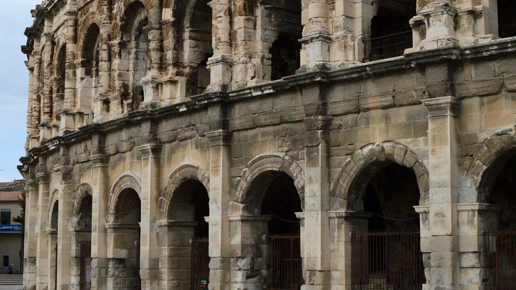 Laika Motorhome Tour Nimes - Roman Arena