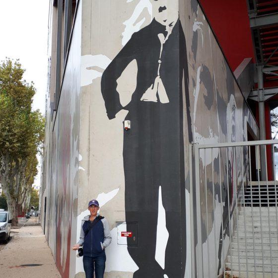 Charlie Chaplin artwork outside the cinema in Nimes