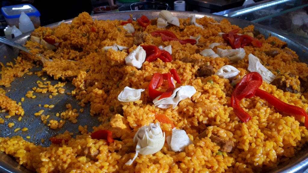 Huge pan of paella in Victoria Market, Cordoba