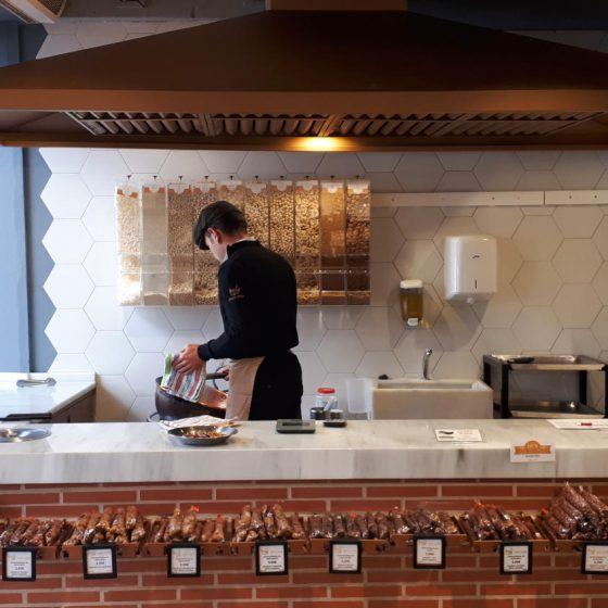 Making nut brittle in Sabor A Espana, Ronda