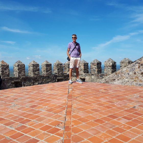 King of the castelo roof