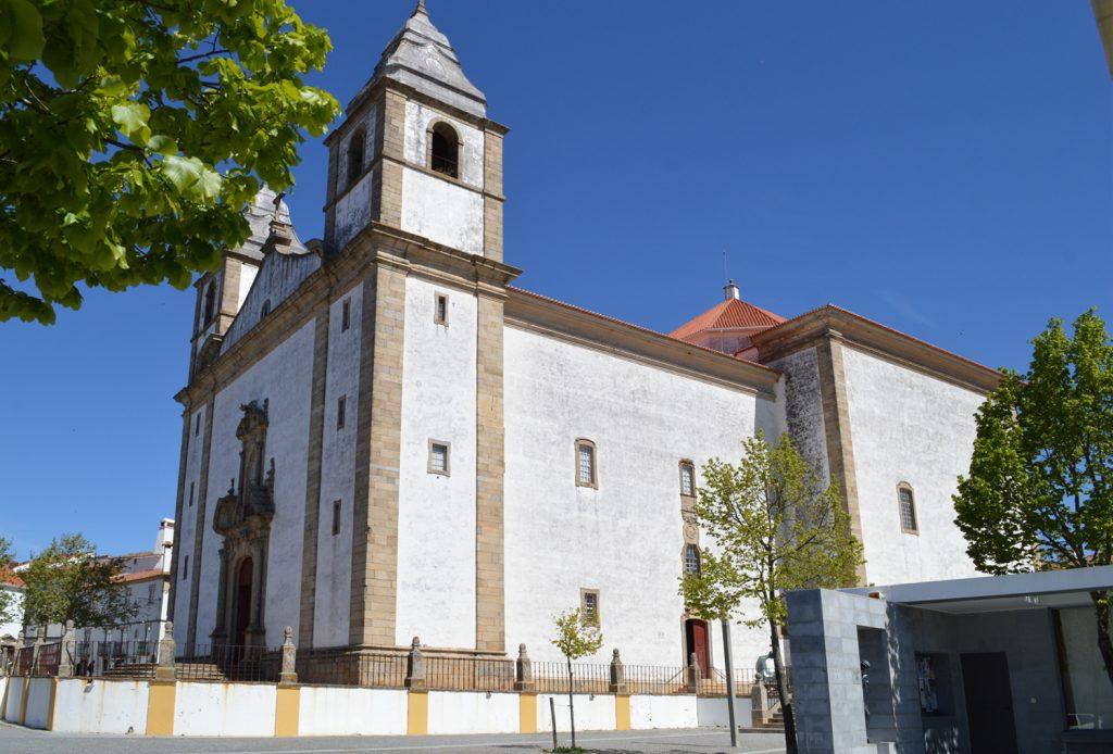 Castelo de Vide - The oversized main church