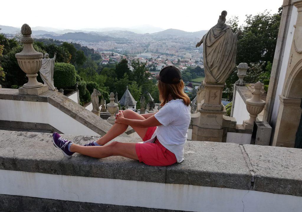 Braga - Bom Jesus do Monte Marcella admires the view