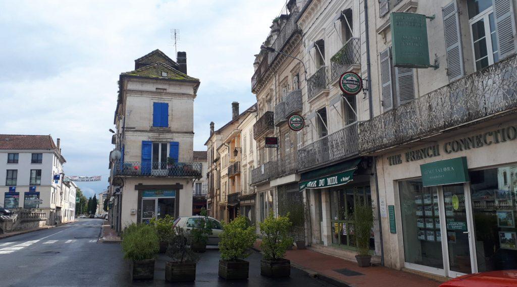 Riberac town, main street