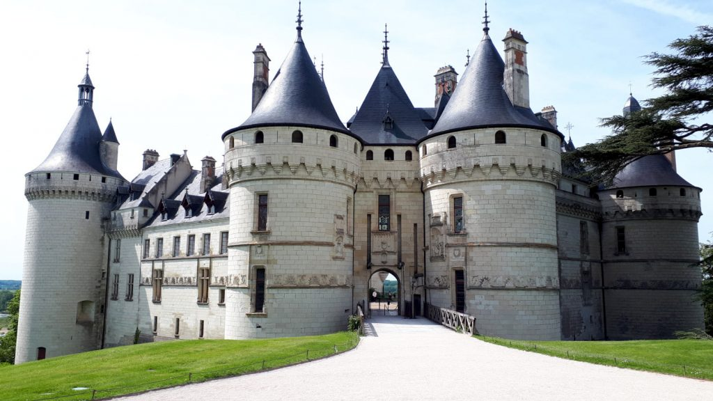 Chateau Chaumont main entrance, set in parkland
