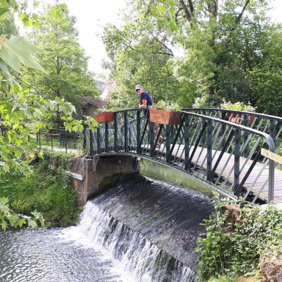 Bridge in the Balcons de l'Indrois riverside walk