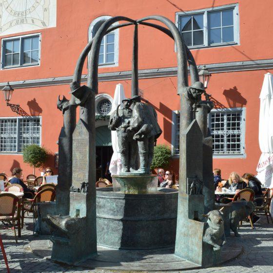 Lovely old fountain in the centre of Nordlingen