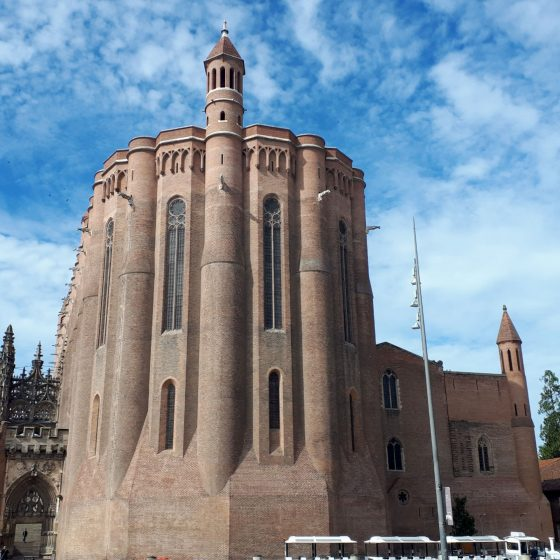 Front view of Albi cathedral