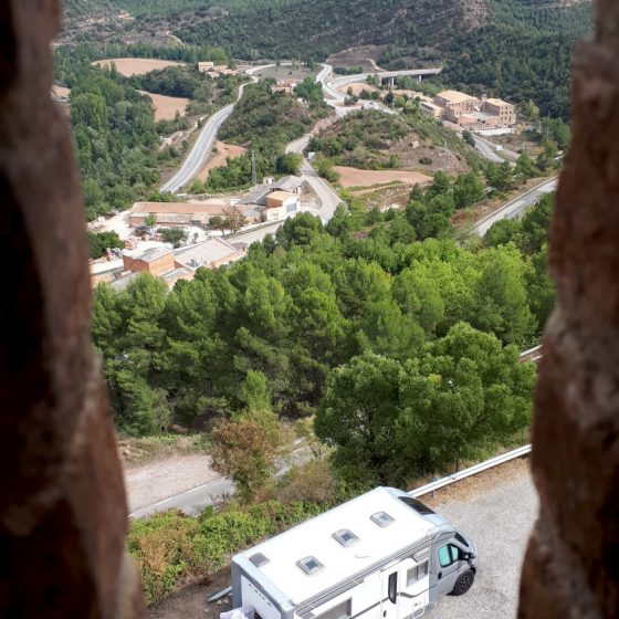 It's Buzz! Peering down from Cardona Castle.