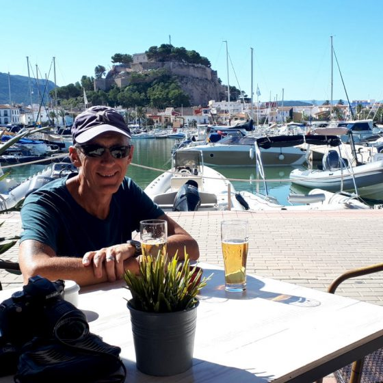Stopping for an over-priced drink at the harbour