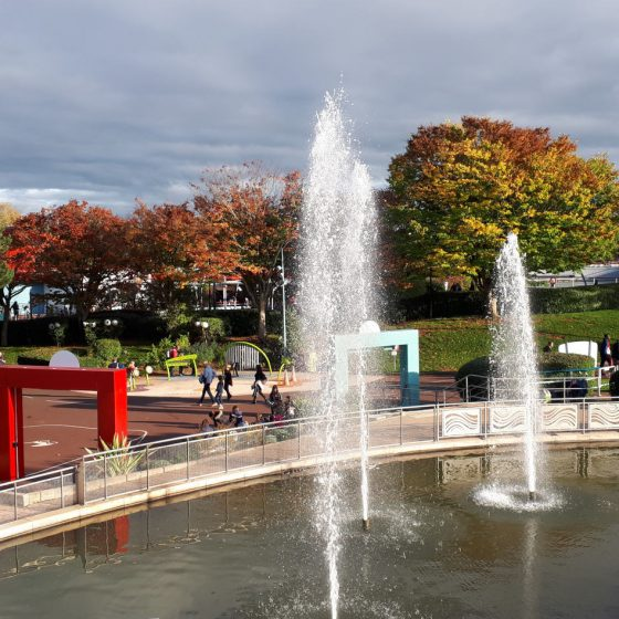 Fountains, walkways and autumn colours