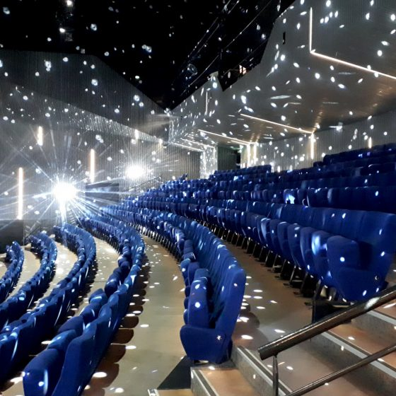 Indoor show theatre for Illusio